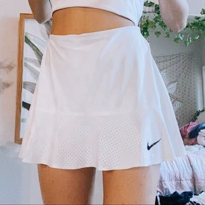 COPY - nike tennis skirt with ruffled end